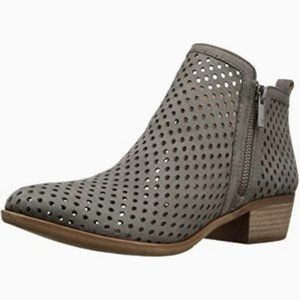 Lucky Brand Size 8 Basel Gray Suede Ankle Boots